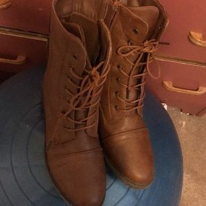 Brown ankle boots US size 10